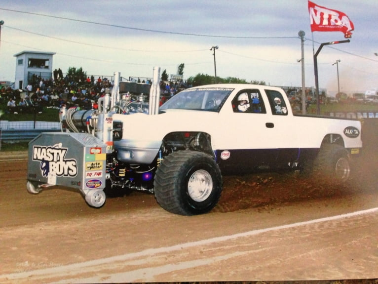Drag Racing Engines - Truck Pull Engines - Sonny's Racing Engines