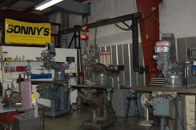 Sonny's Racing Engine's  has several end mills to machine various engine components