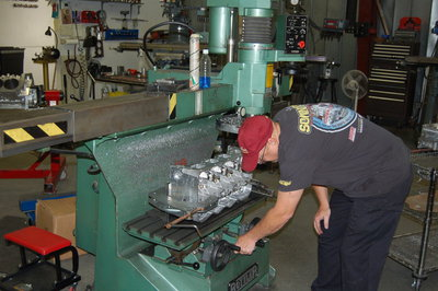Steve is setting up surfacer for one of Sonny's Hemispherical cylinder heads